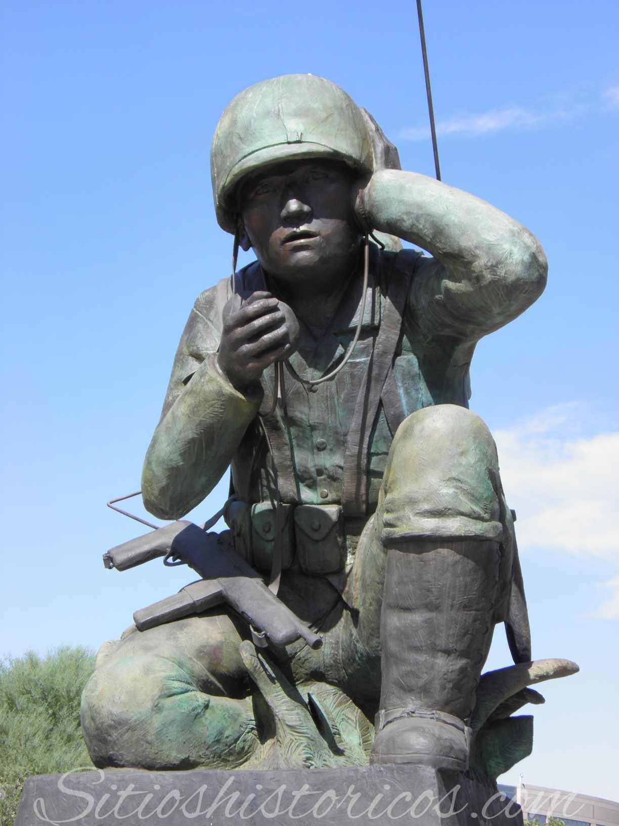 Monumento al soldado navajo