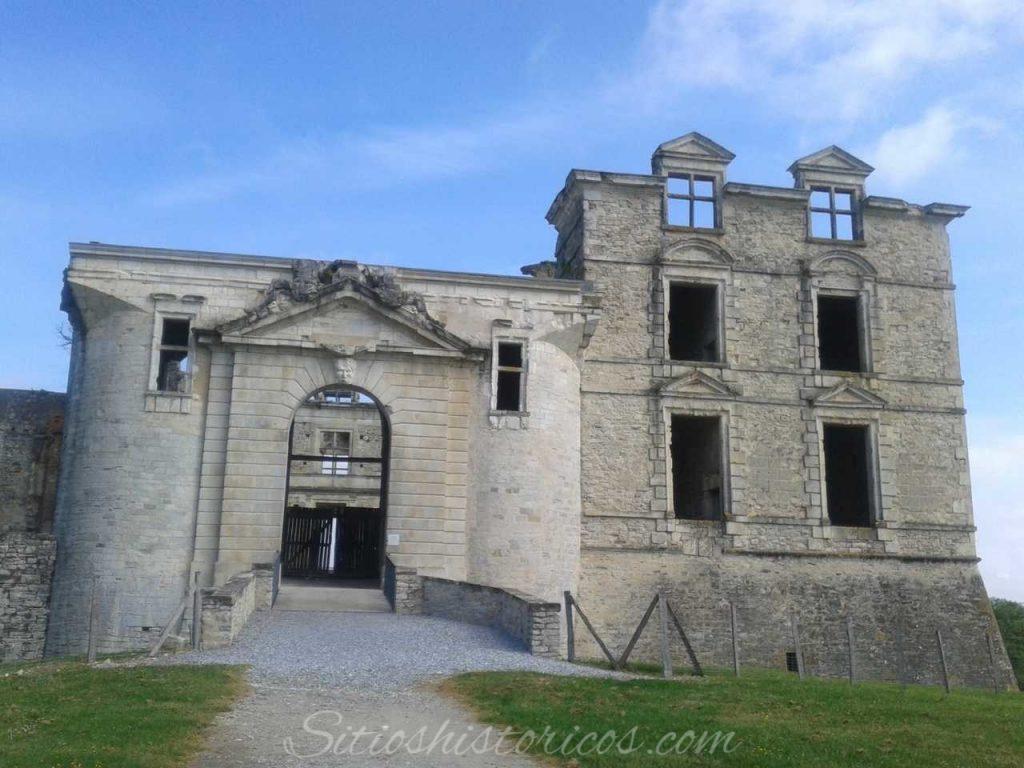 Castillo de Agramont