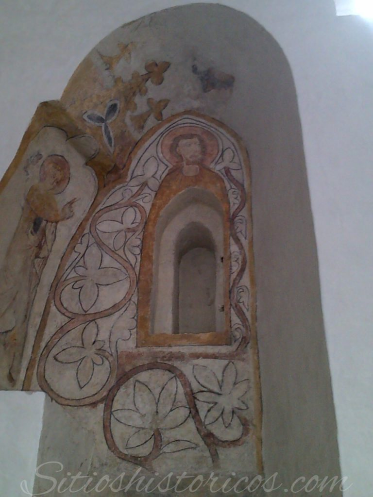 Frescos en ventana de la catedral Aarhus