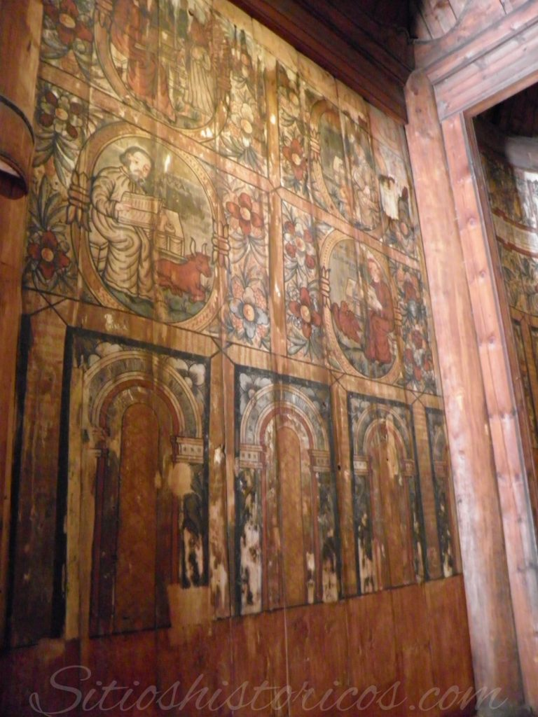 Pinturas murales stavekirke Folk museum.
