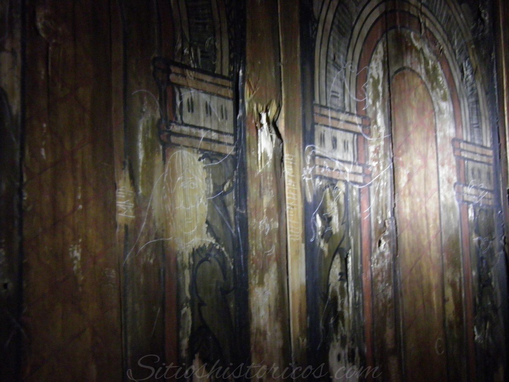 Grafitti medieval iglesia Folk Museum
