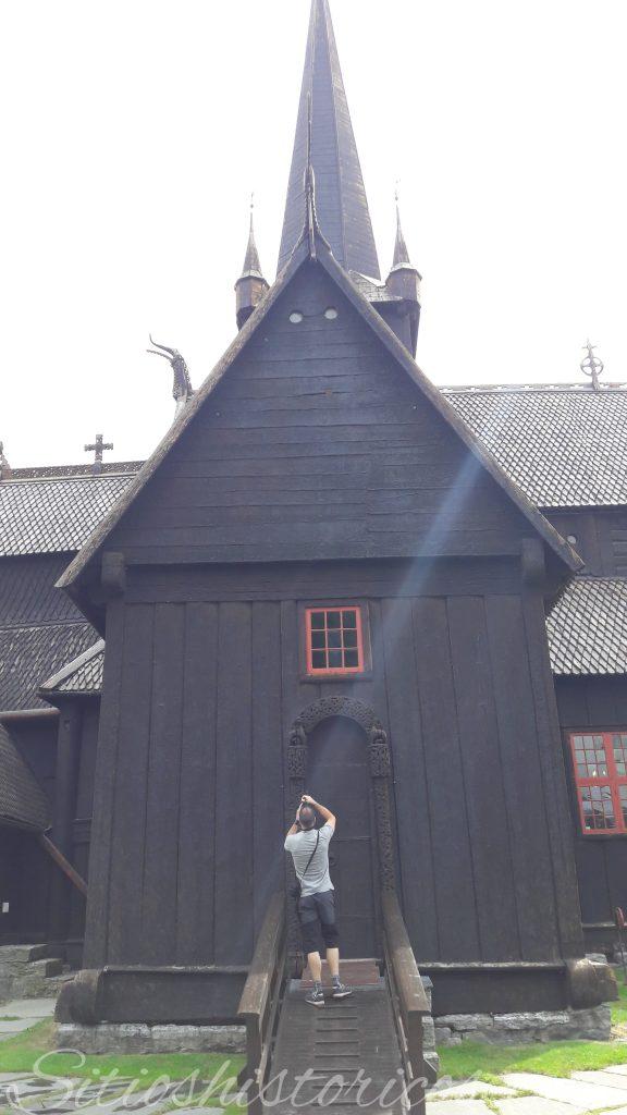Iglesia Lom