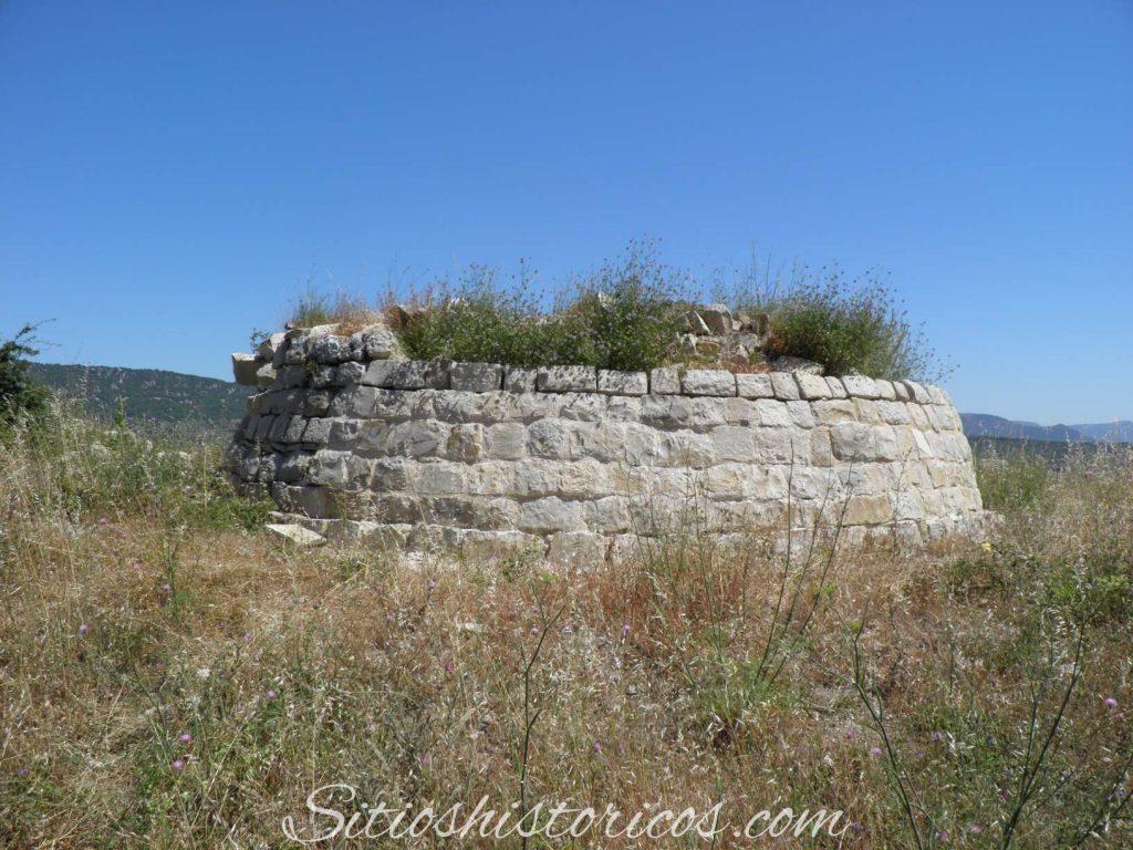 Sitio histórico castillo Garaño