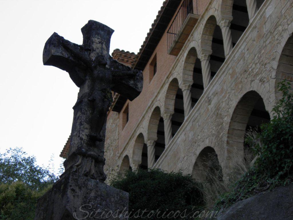 Cruz de término Huesca