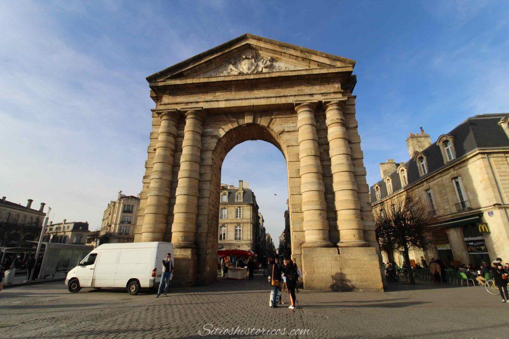 Puerta de Aquitania