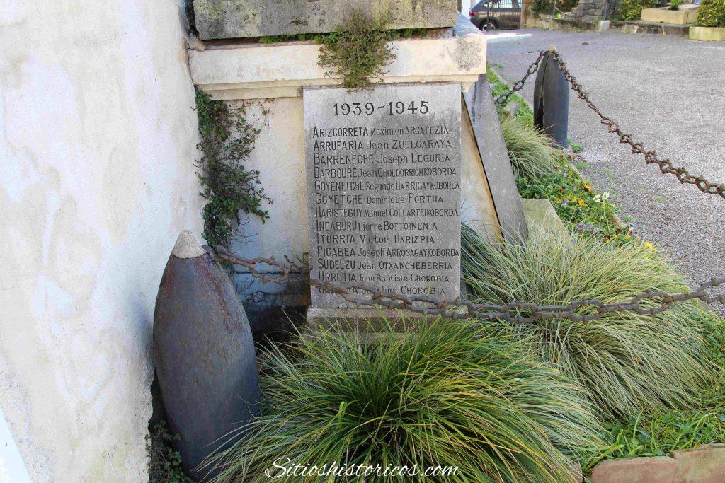 Monumento Guerra Mundial Sara