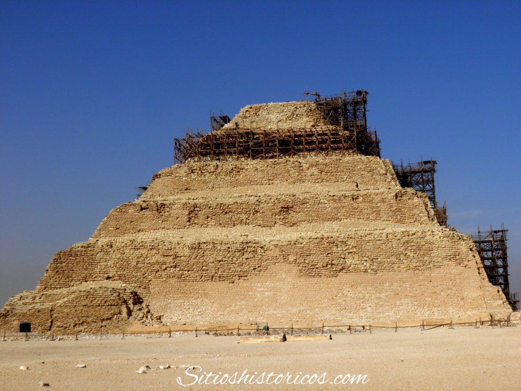 Primera pirámide de la historia