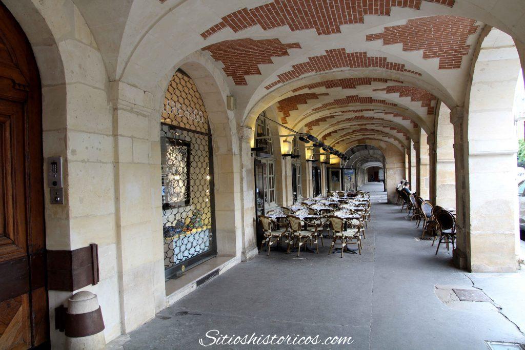 Plaza de los Vosgos París