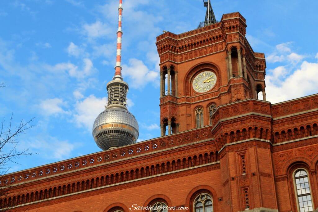 Torre de telecomunicaciones de Berlín