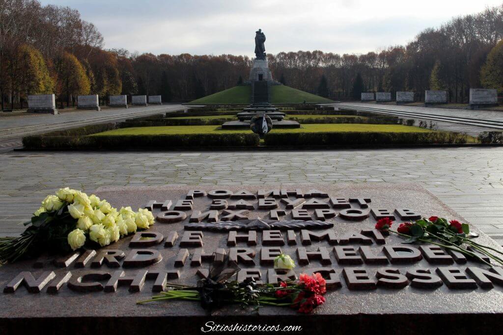 Mausoleo soviético Treptower park