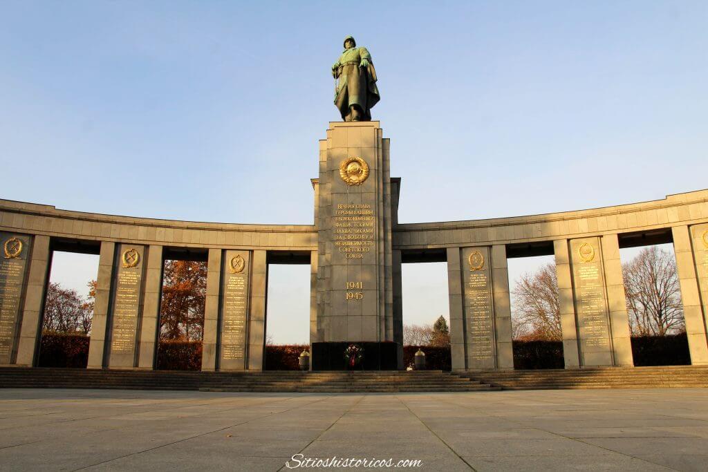 Memorial soviético Tiergarten