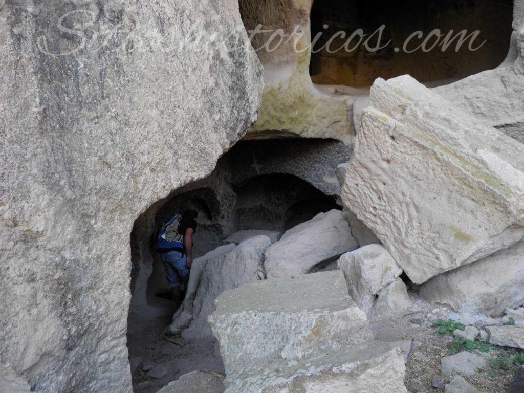 Ermitas excavadas en Ihlara
