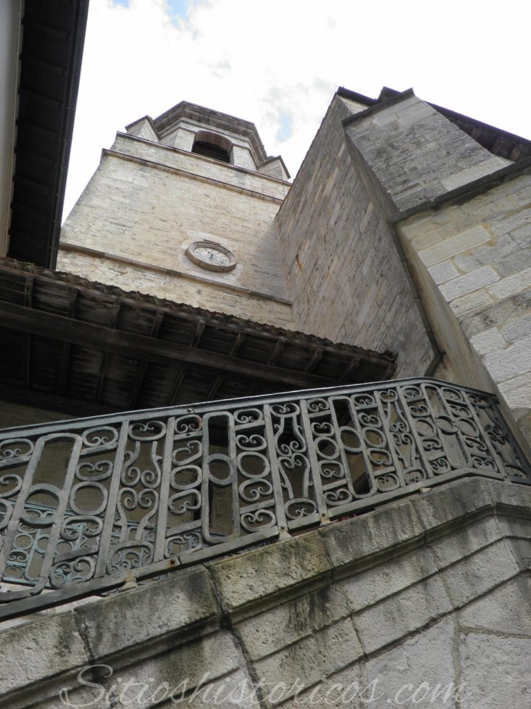Torre de la iglesia San Juan de Luz