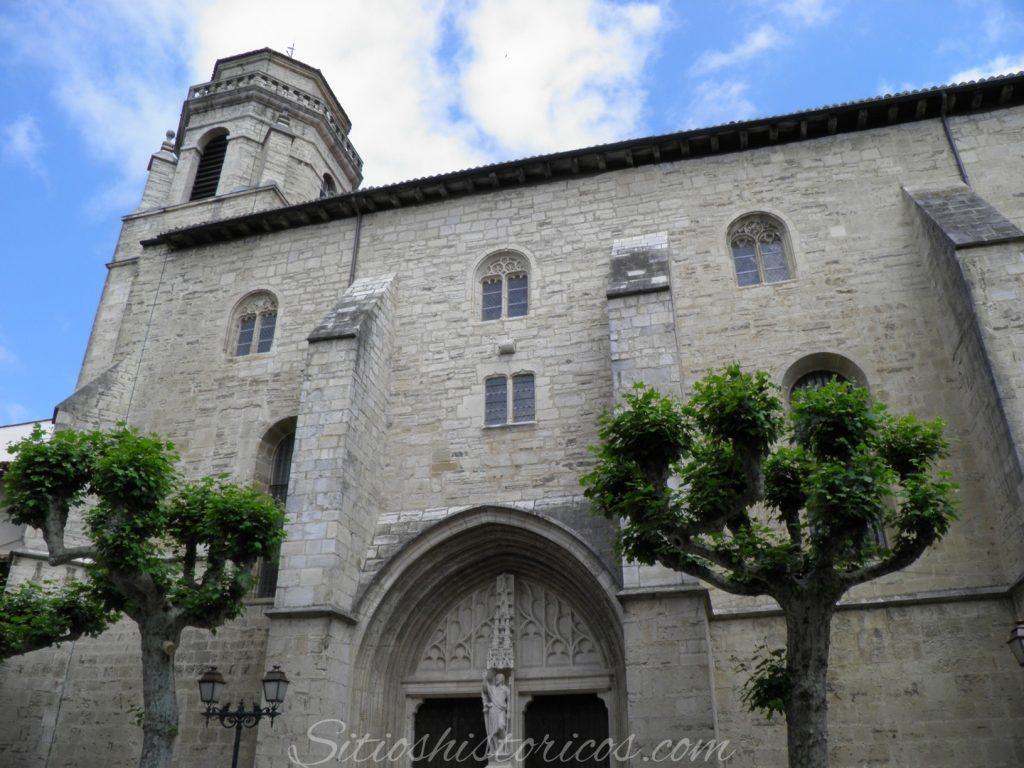 Iglesia de San Juan Bautista donde se celebró la boda real