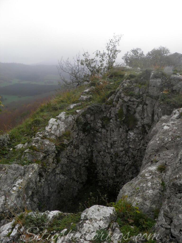 Pozo excavado roca