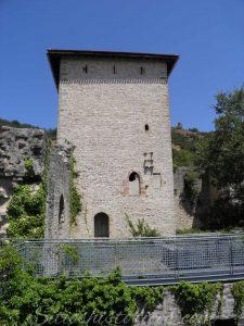 Casa torre Gebara