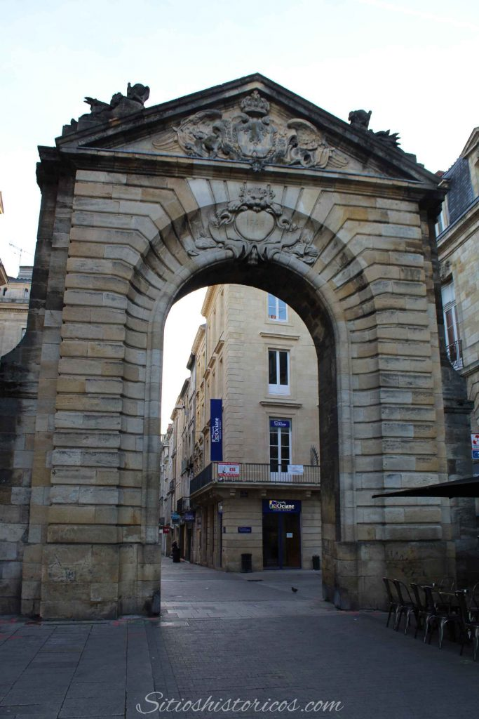 puerta Dijeaux