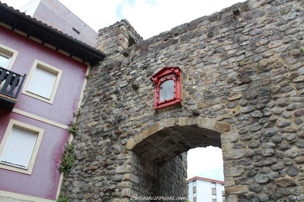 Puerta San Juan Bermeo
