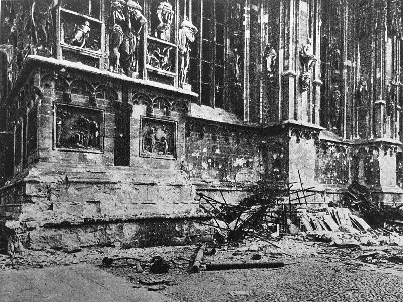 Bombardeo Duomo Milán