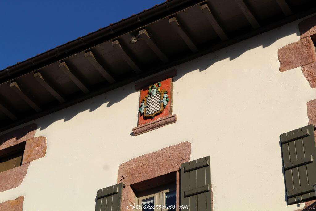 Escudo de Baztán.