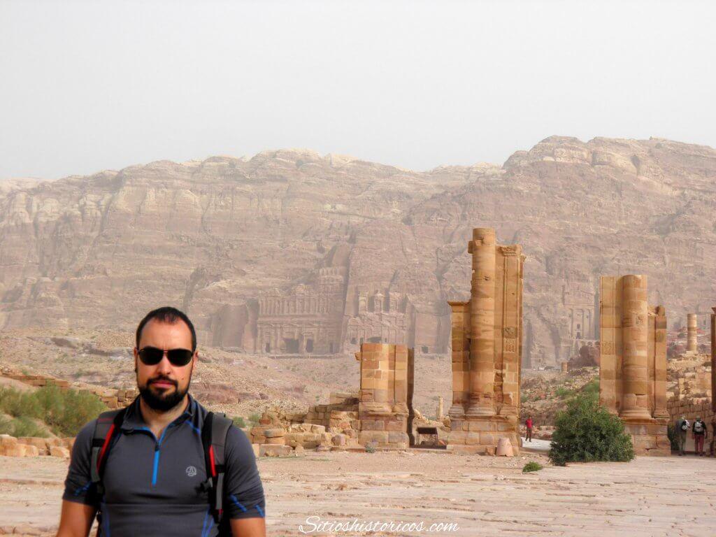 Vía de las columnas Petra