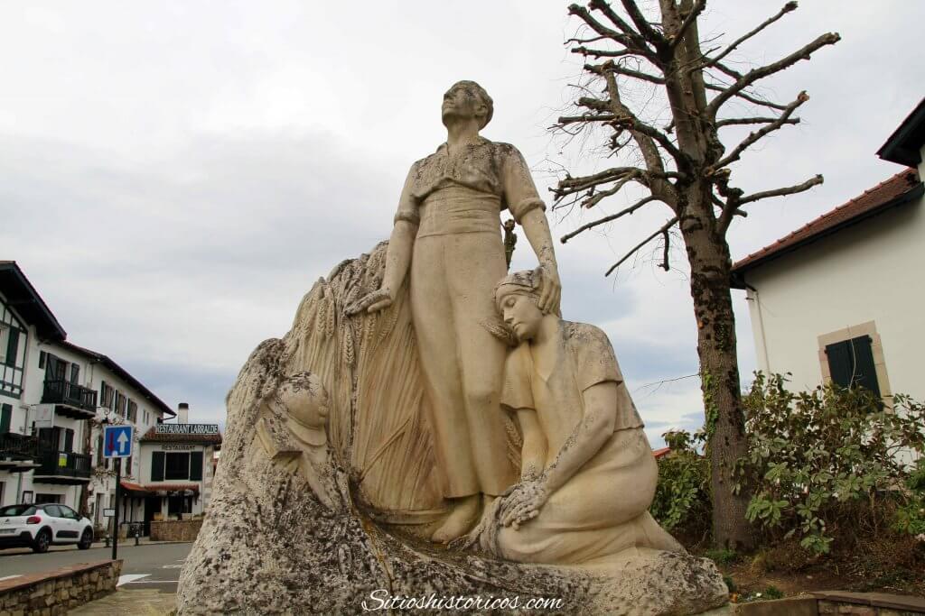 Monumento Azkaine