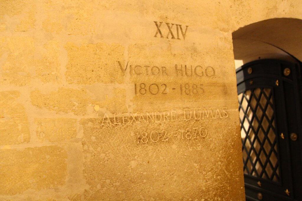 Victor Hugo y Alejandro Dumas