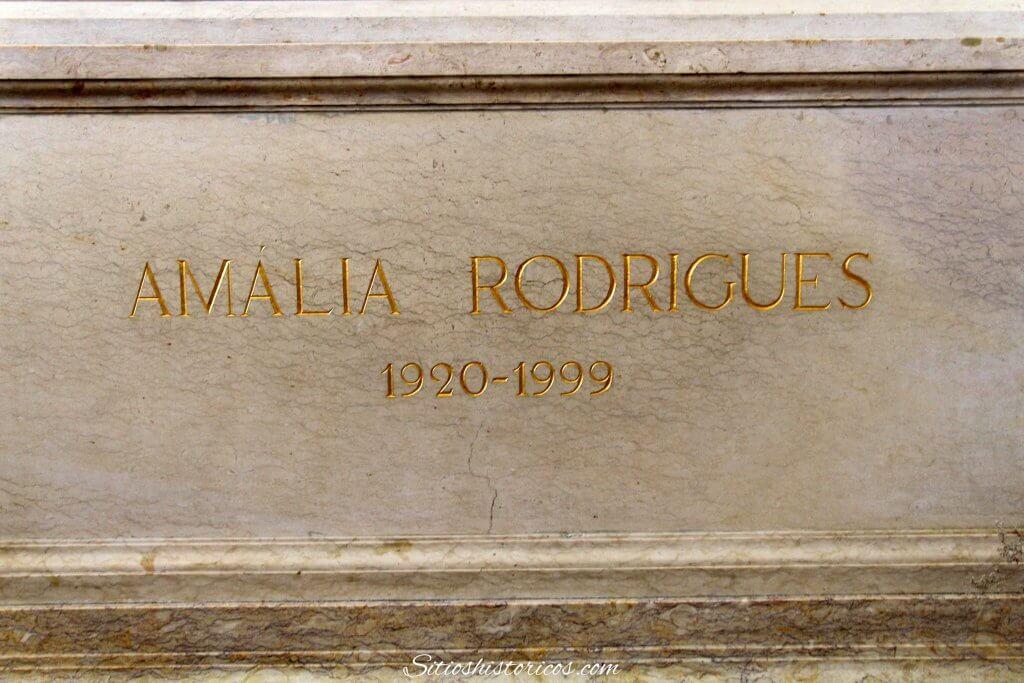 Amalia Rodrigues Panteón