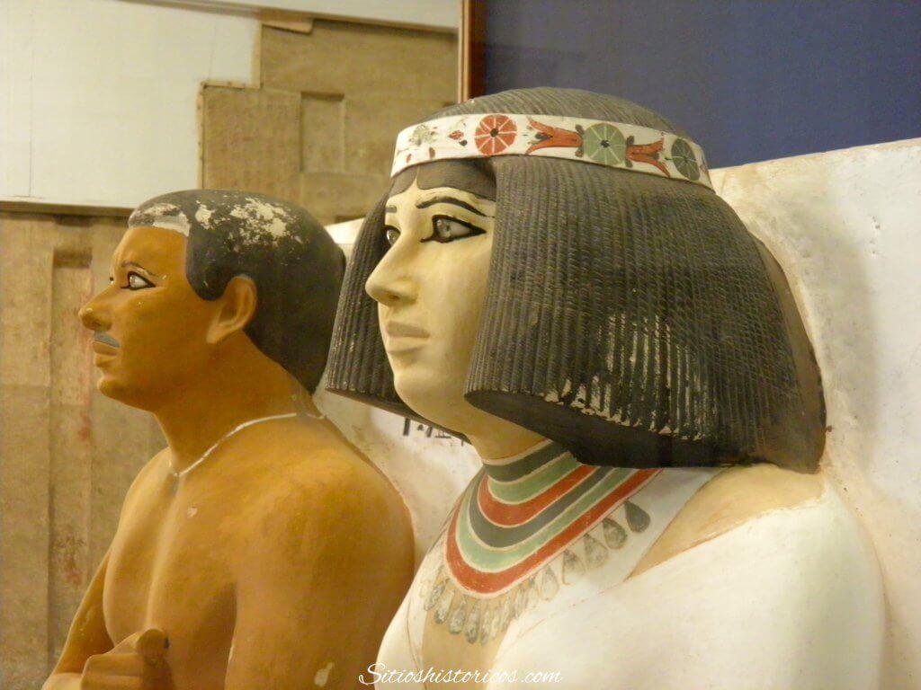 Estatua de Rahotep y Nofret