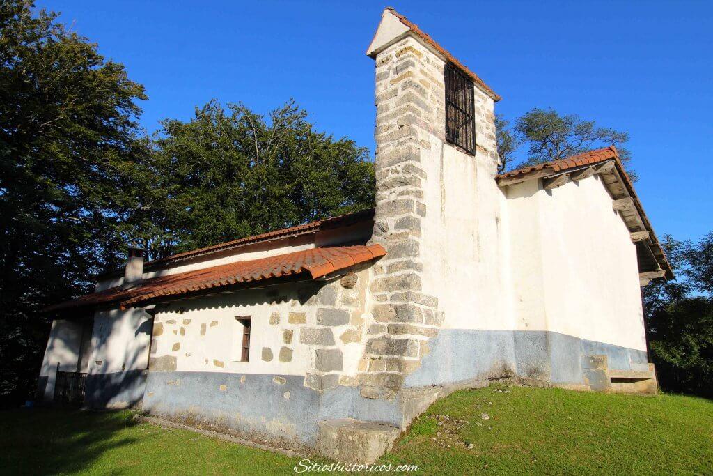 Ermita Santa Cruz Leitza