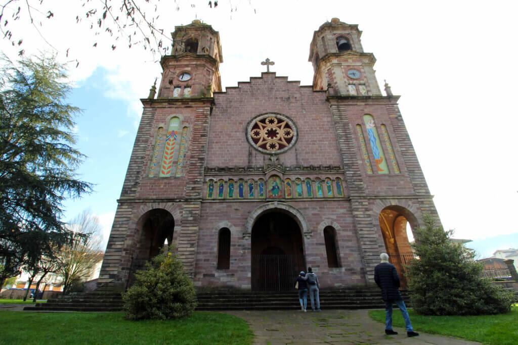 Parroquia de Santiago en Elizondo