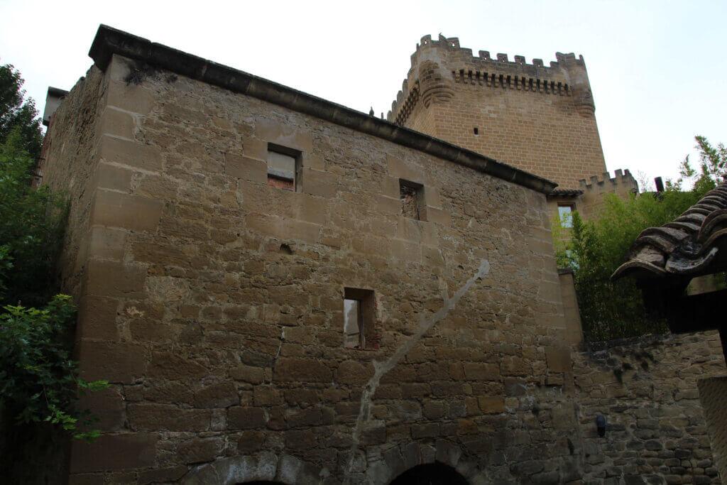 Castillo de Cuzcurrita de Río Tirón