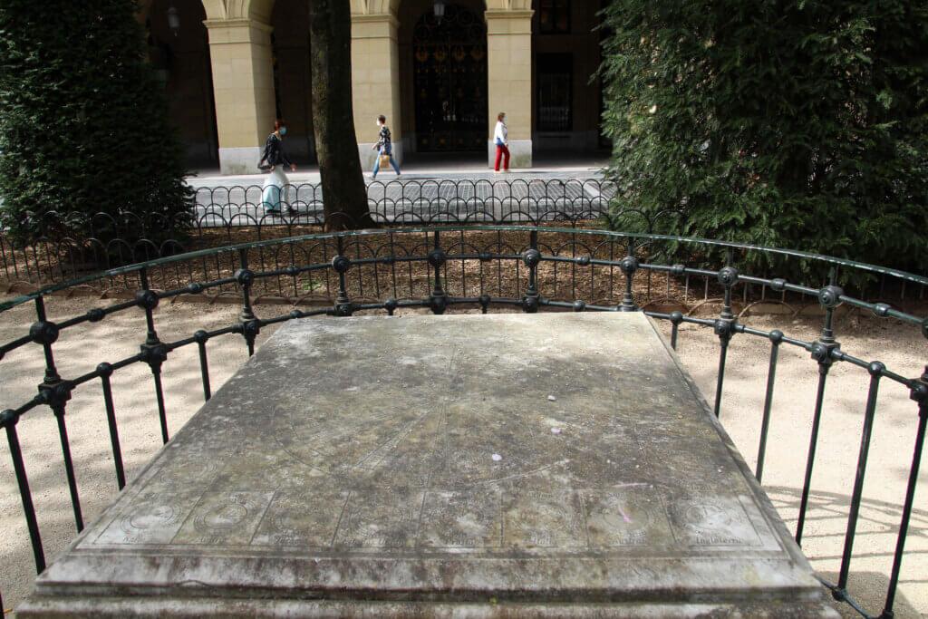 Tablero horario Plaza de Gipuzkoa