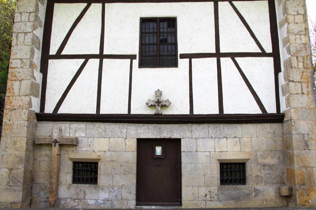 Ermita Albiztur