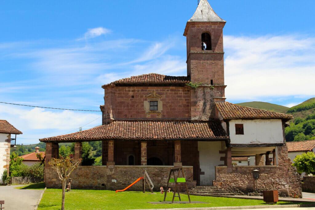 Iglesia de Santa Cruz Elvetea