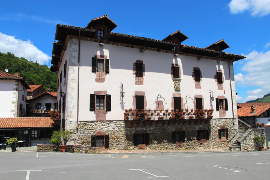 Palacio Beola