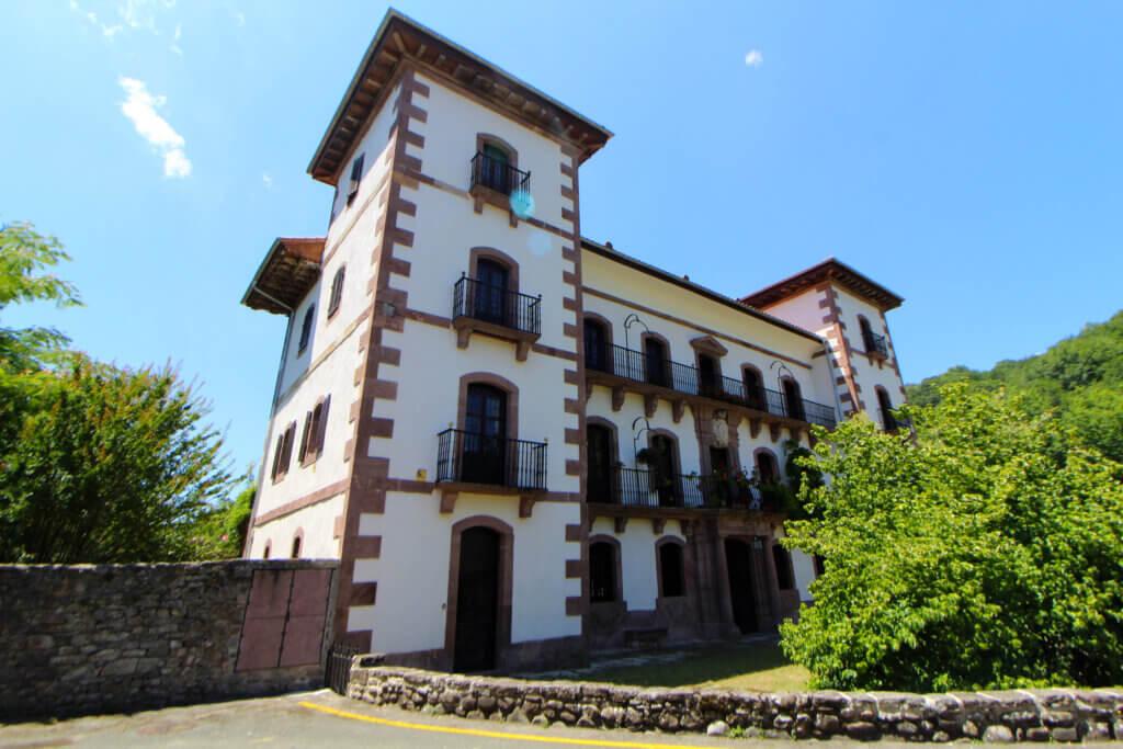 Palacio Reparacea Oyeregui